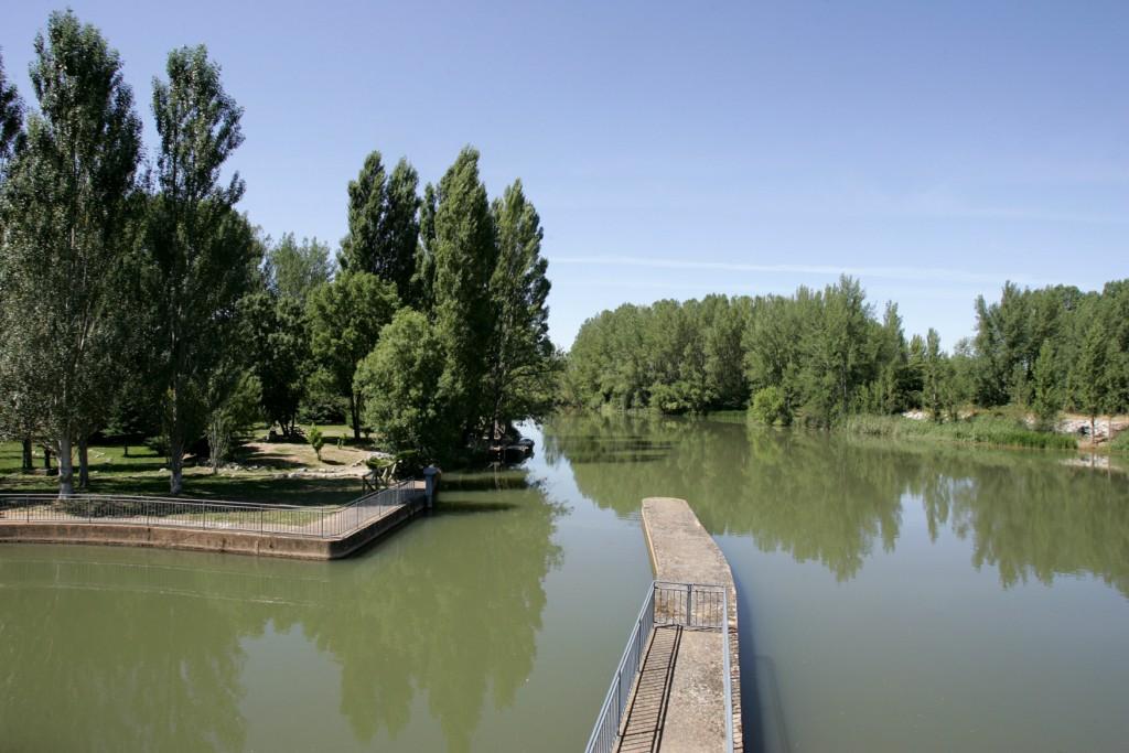 Presa del Rey y Canal de Castilla